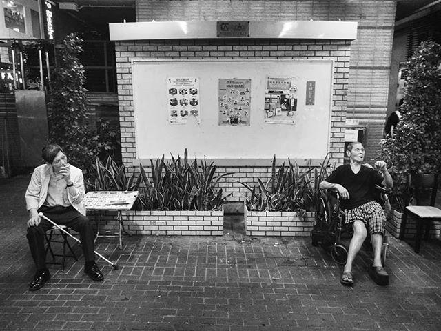 #streetphotography #streetlife #street #documentaryphotography #phonetography #hongkong #kanmanphotography #blackandwhitephotography #blackandwhite #bnwphotography #bnw #hkig