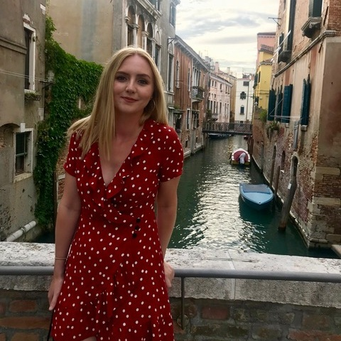 Lily Fairbairn - How To blog contributor
