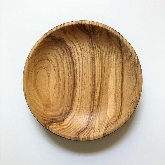 New tradition at Artifaqt - One of a Kind Wednesdays. Every week we are going to put one of our unique badass pieces of serveware on sale... . . Getting started with this hand turned ash bowl. The inside is natural wood, the outside is charred black using the Japanese method, Shou Sugi Ban. The wood is burned until the surface is charred and then coated with natural oil. . . After 30 years of collecting esoteric woods we have some pretty cool stuff. Stay tuned...especially on Wednesdays. . . Message if interested in the charred bowl!! Better hurry...there is only one!