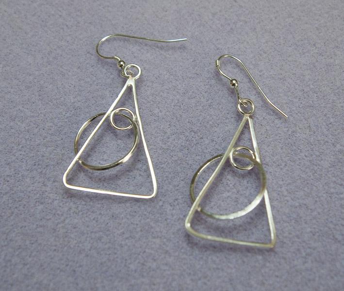 Silver Circles & Triangles-8144684.jpg
