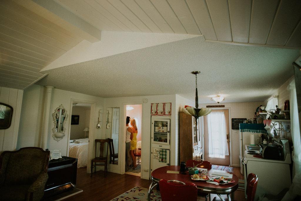 Emenee Studio Photo