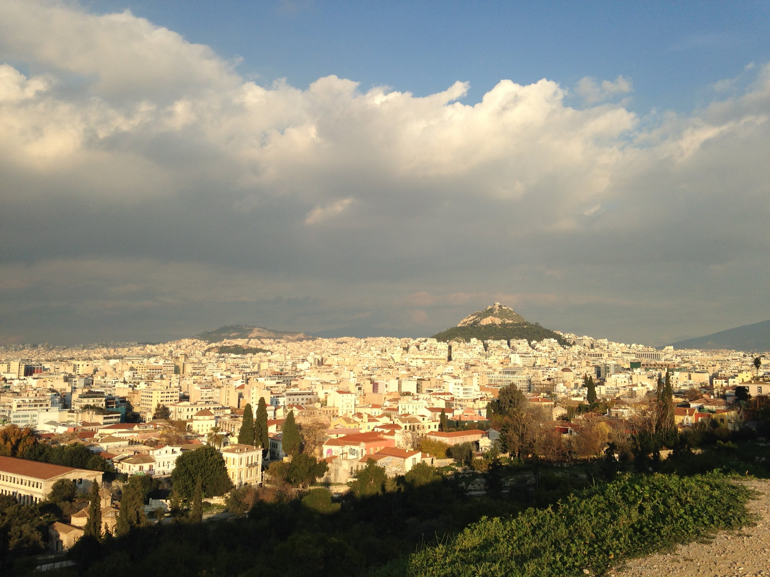 Airbnb, panoramic views and cats in Athens and Hydra Island
