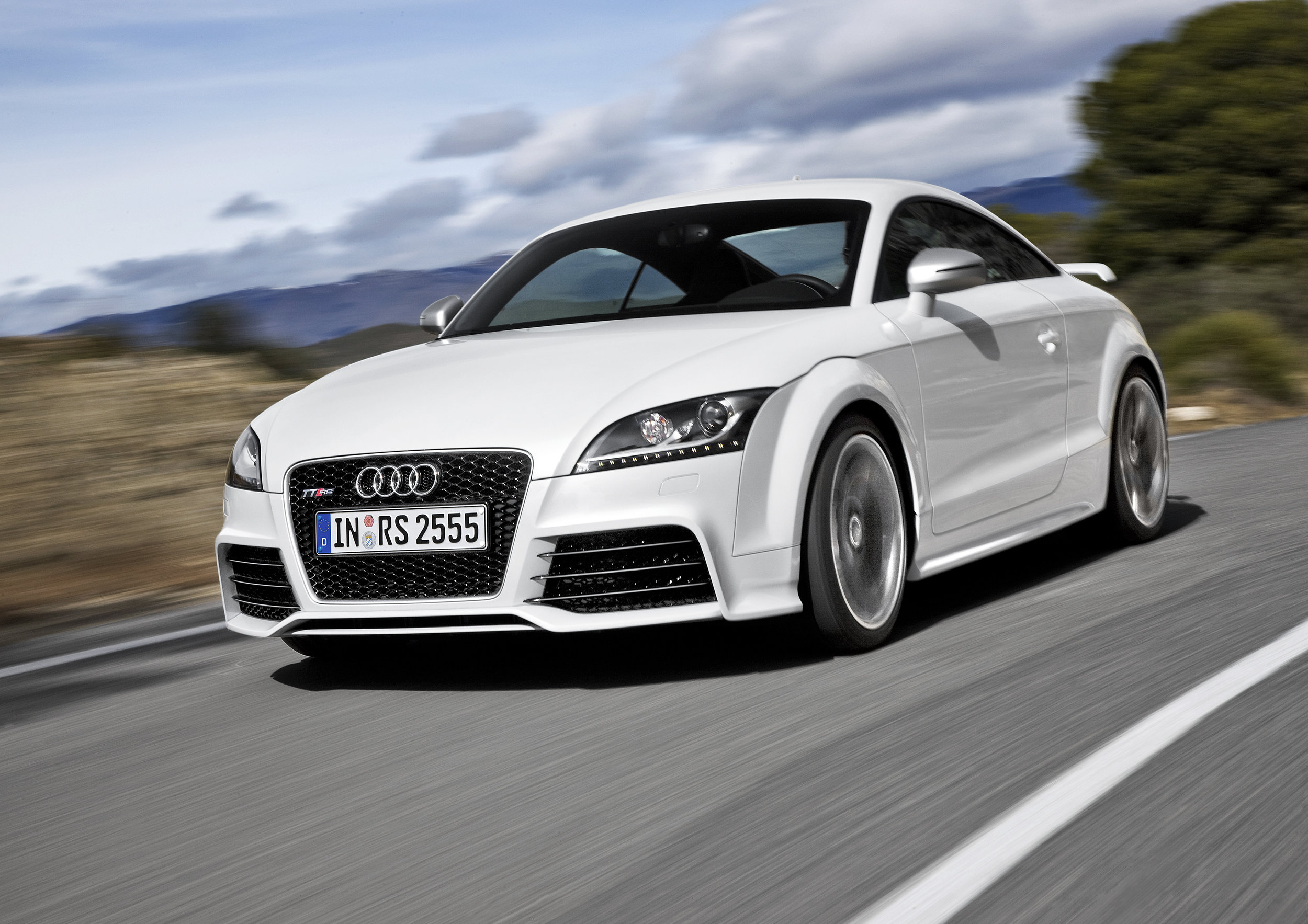 Image from http://www.caranddriver.com/audi/tt-rs