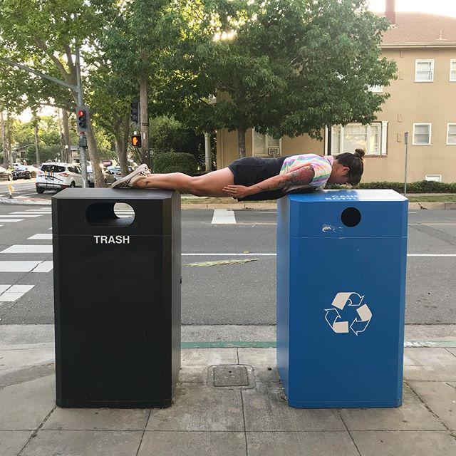 Am I too late for the #plankchallenge 🤷🏻♀️ - #trusttheprocess #amidoingthisright #waitingfordinner #bored #trash #recycle #bridge #trashlife