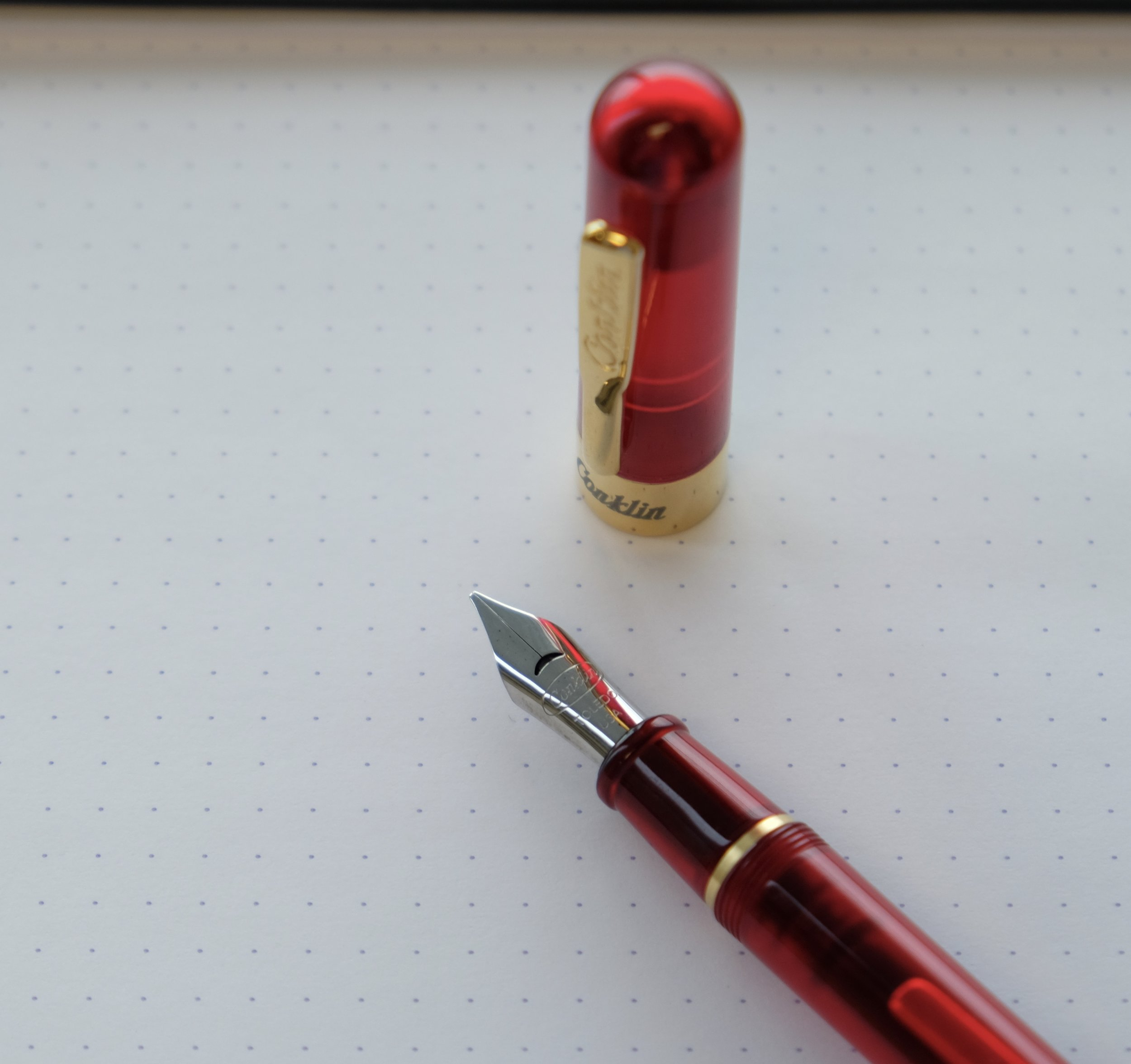 Conklin's steel stub on the Mark Twain Crescent Filler. Conklin's non-stub nibs are two-toned steel and gold plate, but the stubs are all stainless.