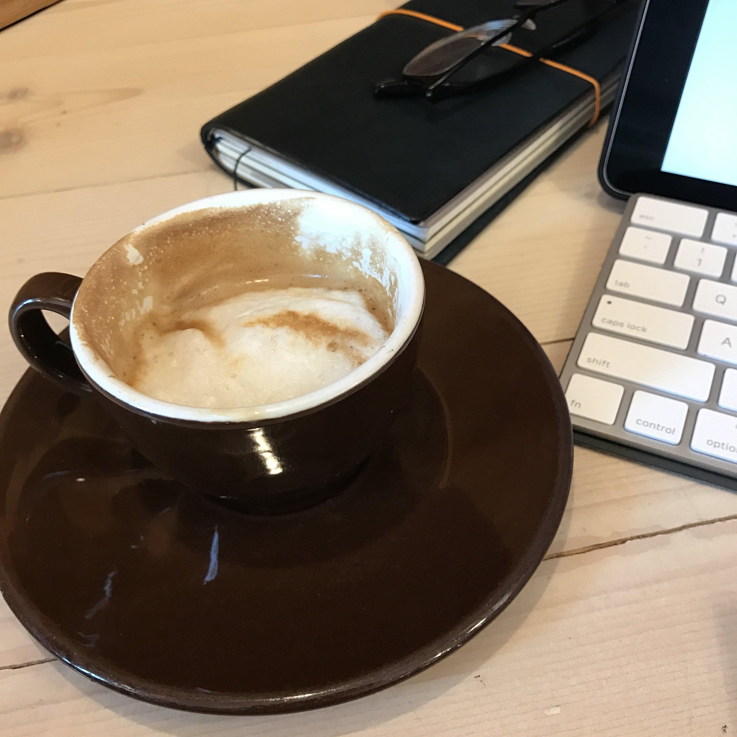 Sunday-Reading-Coffee-iPad