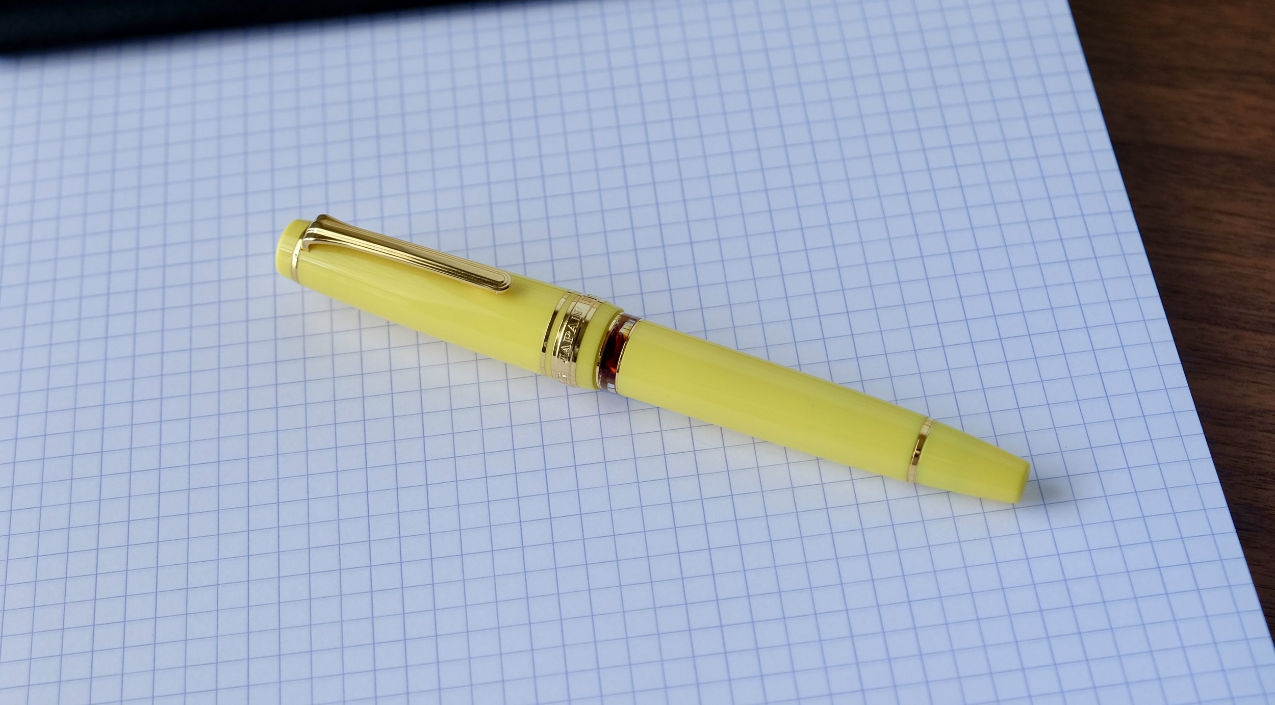 Sailor-Pro-Gear-Realo-Fountain-Pen