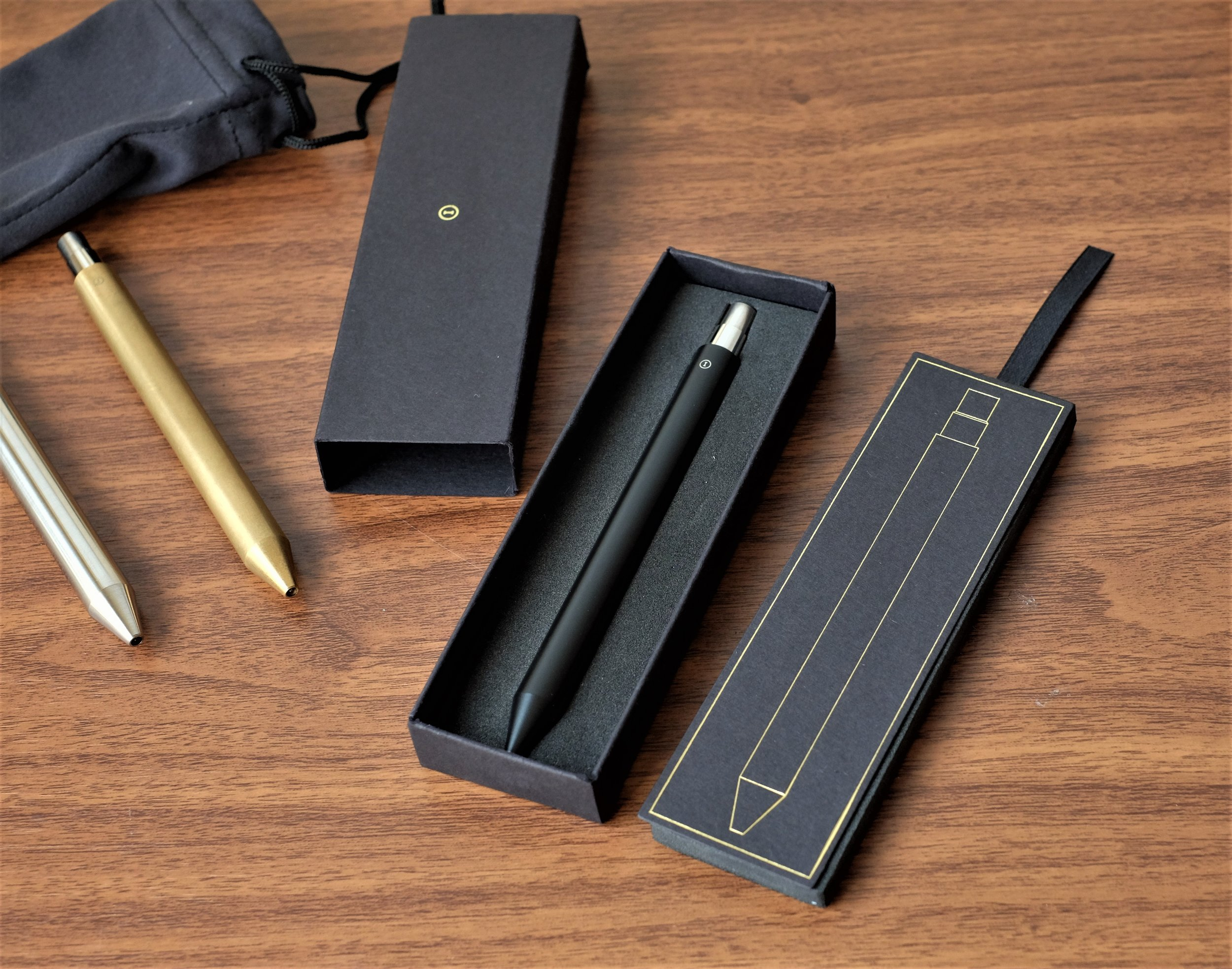 Inventery did a nice job on the packaging for the Mechanical Pen. Each pen arrives snug in a foam-lined box and slipcover, along with a microfiber drawstring bag.