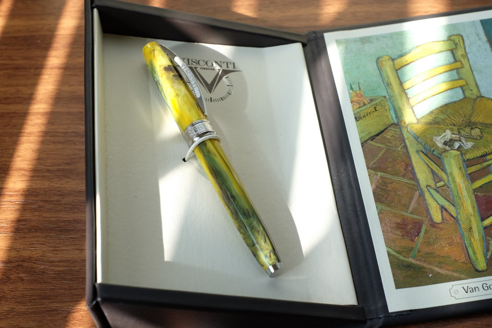 The Van Gogh pens feature the patented Visconti clip, and have the name of the painting that inspired the pen engraved around the cap band.