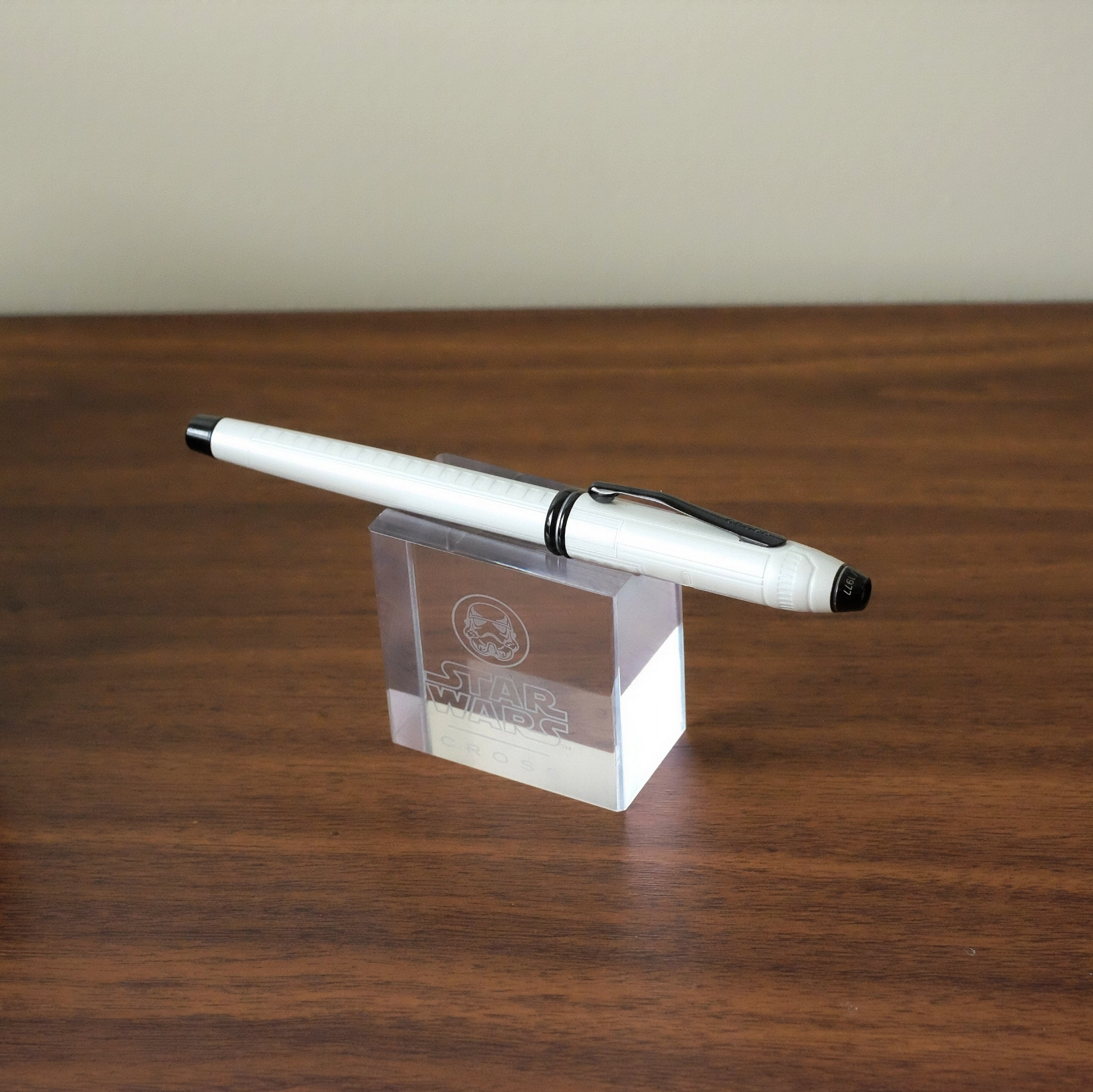 The Cross Townsend Star Wars Pens come with this nifty clear acrylic pen stand.