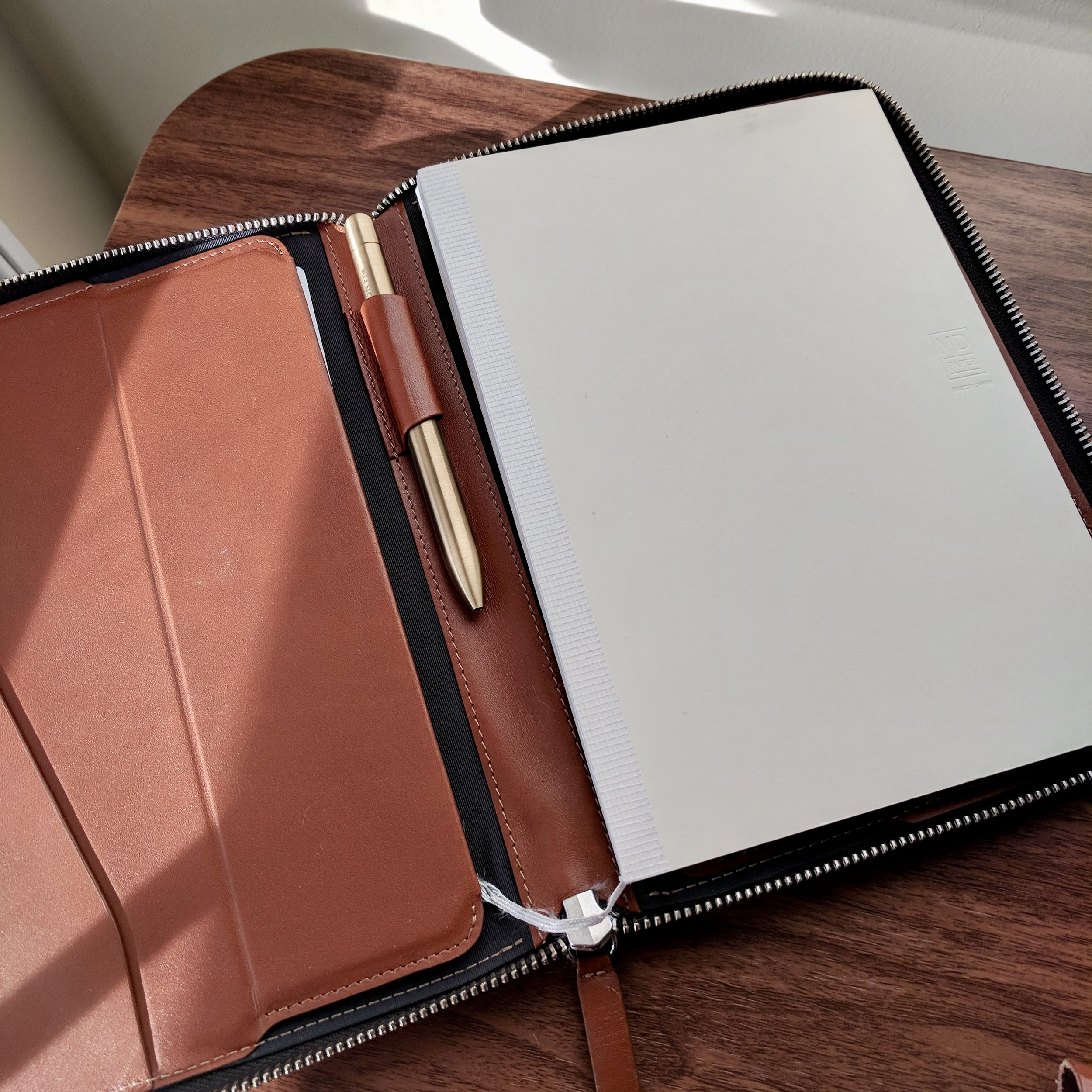 Bellroy Work Folio A5 with Midori MD