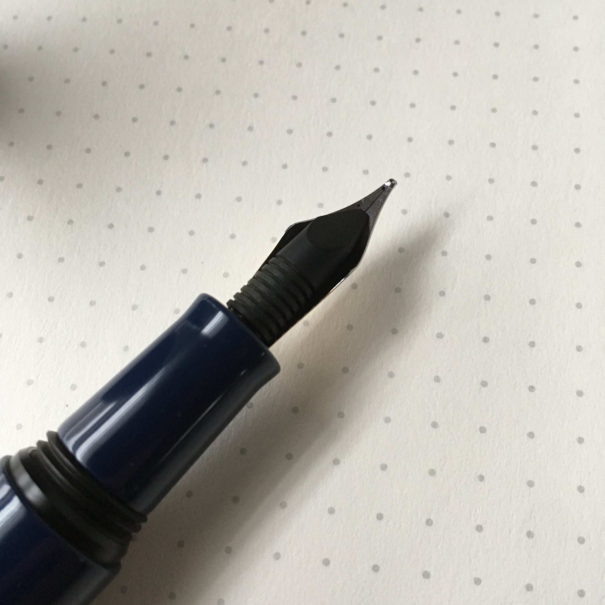 The Dream Pen features an ebonite feed, which are increasingly uncommon on modern pens.