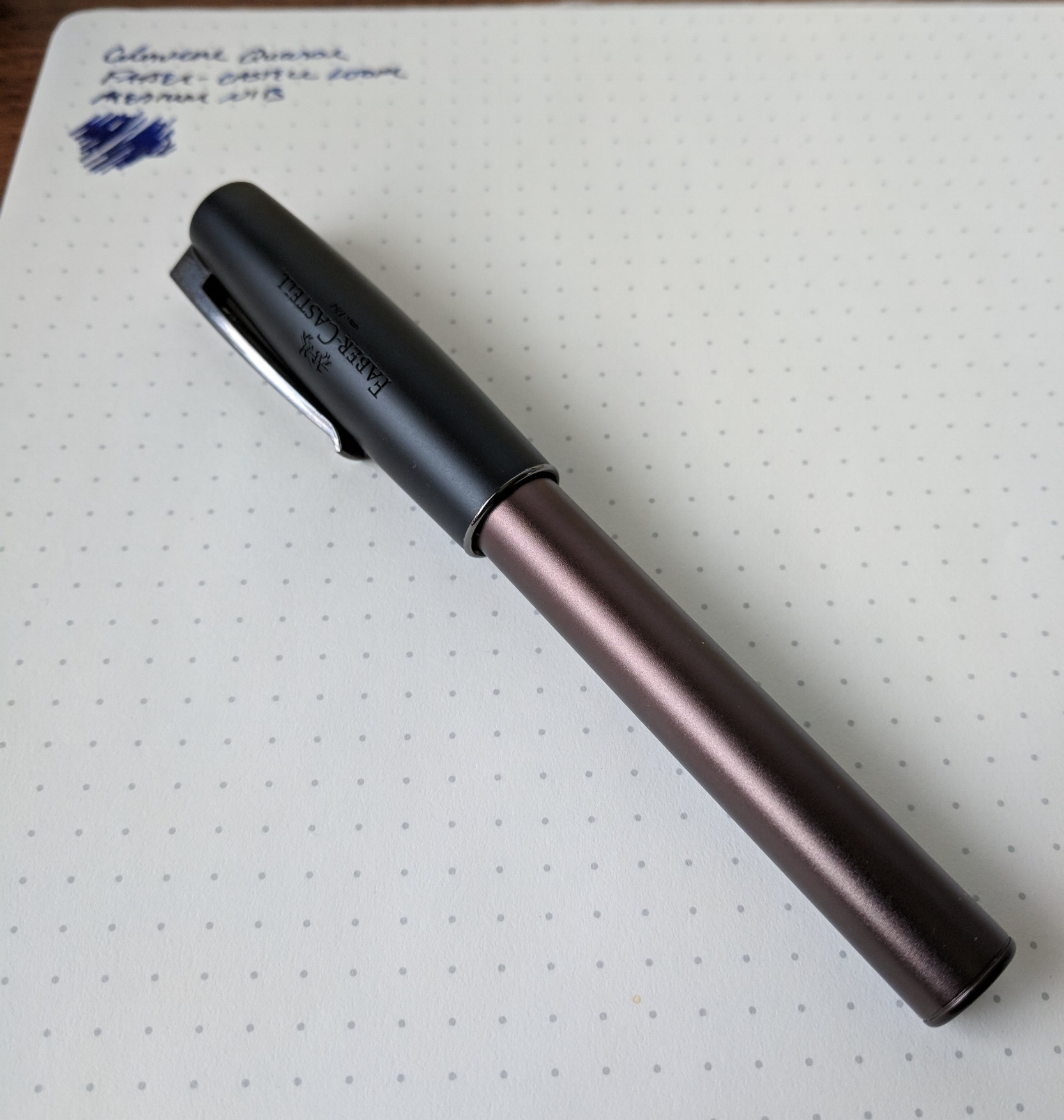 The Faber-Castell Loom that I actually took home with me was this matte version. I like both Gunmetal versions (matte and shiny), but this one spoke to me more.