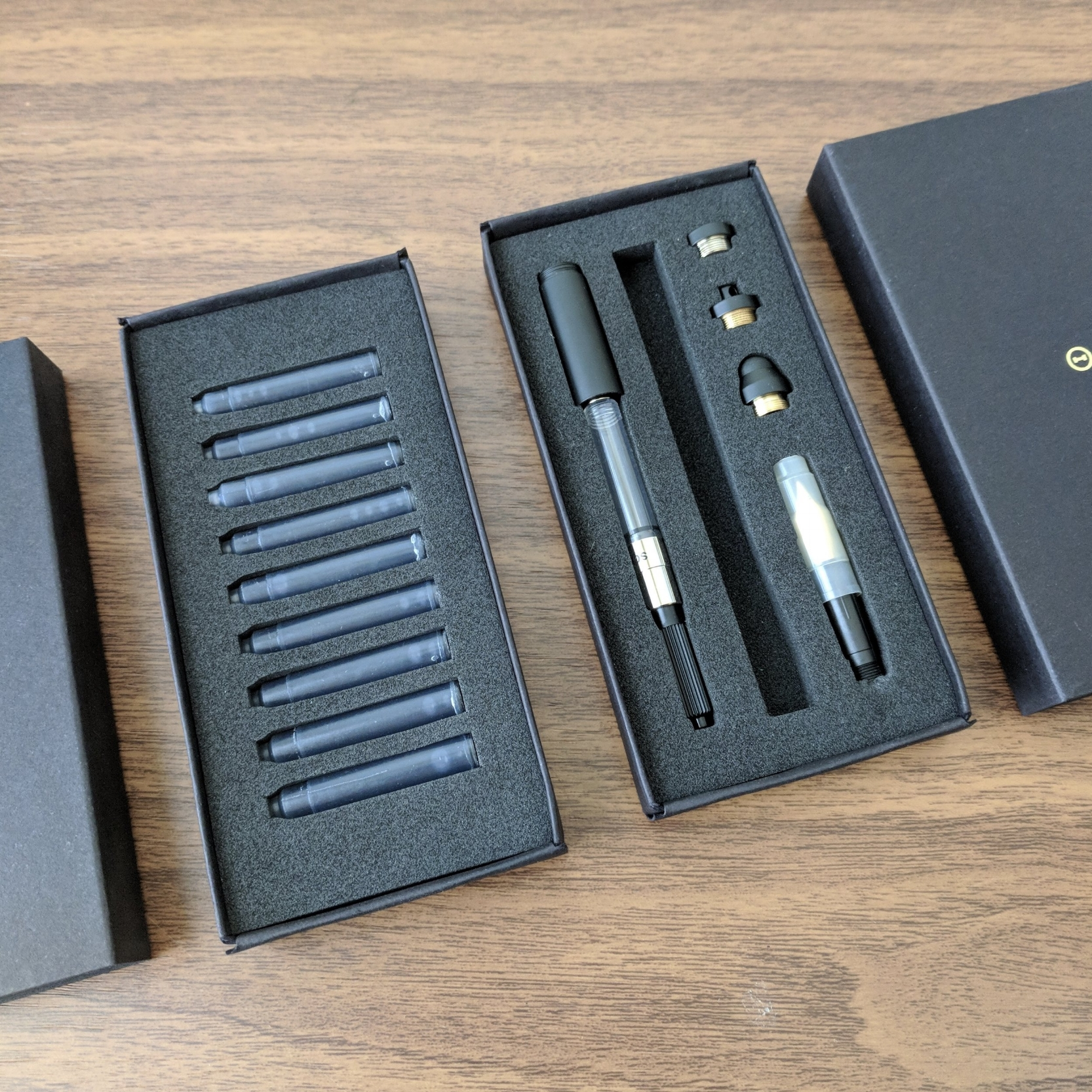 Inventery has great packaging. Pictured is the kit for the Pocket Fountain Pen with Extender, in Onyx. I've opted to swap in the Rollerball tip, with the clip, but you can see the options for fountain pen nib, clipless cap, stylus cap, and keychain cap, as well as the extender with converter.