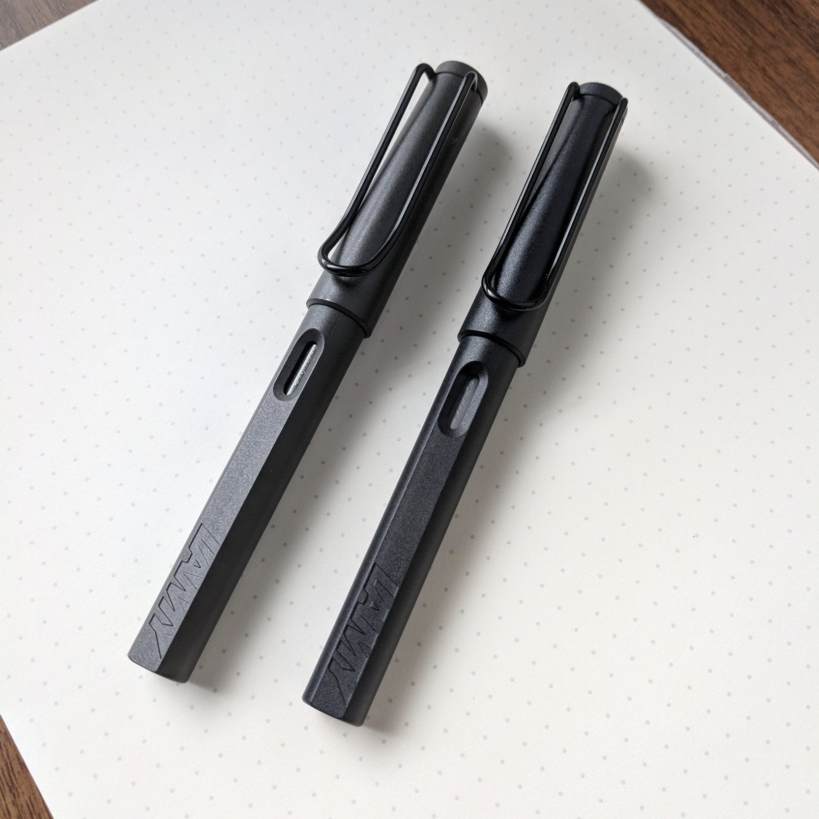 The Lamy Safari Umber (from the standard lineup) is on the left, and the Lamy Safari All-Black, this year's special edition, is on the right.