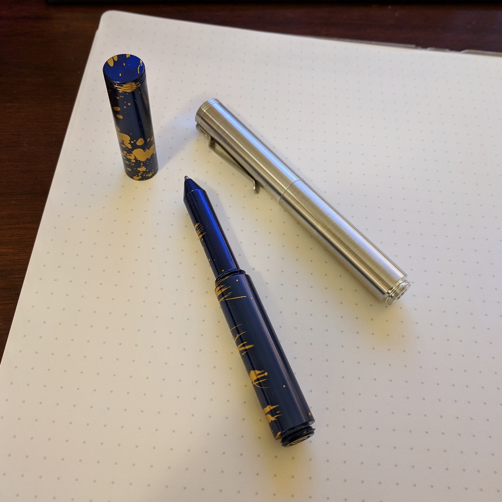 "On the left, a limited edition ""Classic"" that I picked up at the 2017 DC Pen Show; on the right is the standard polished aluminum ""Clip"" version."