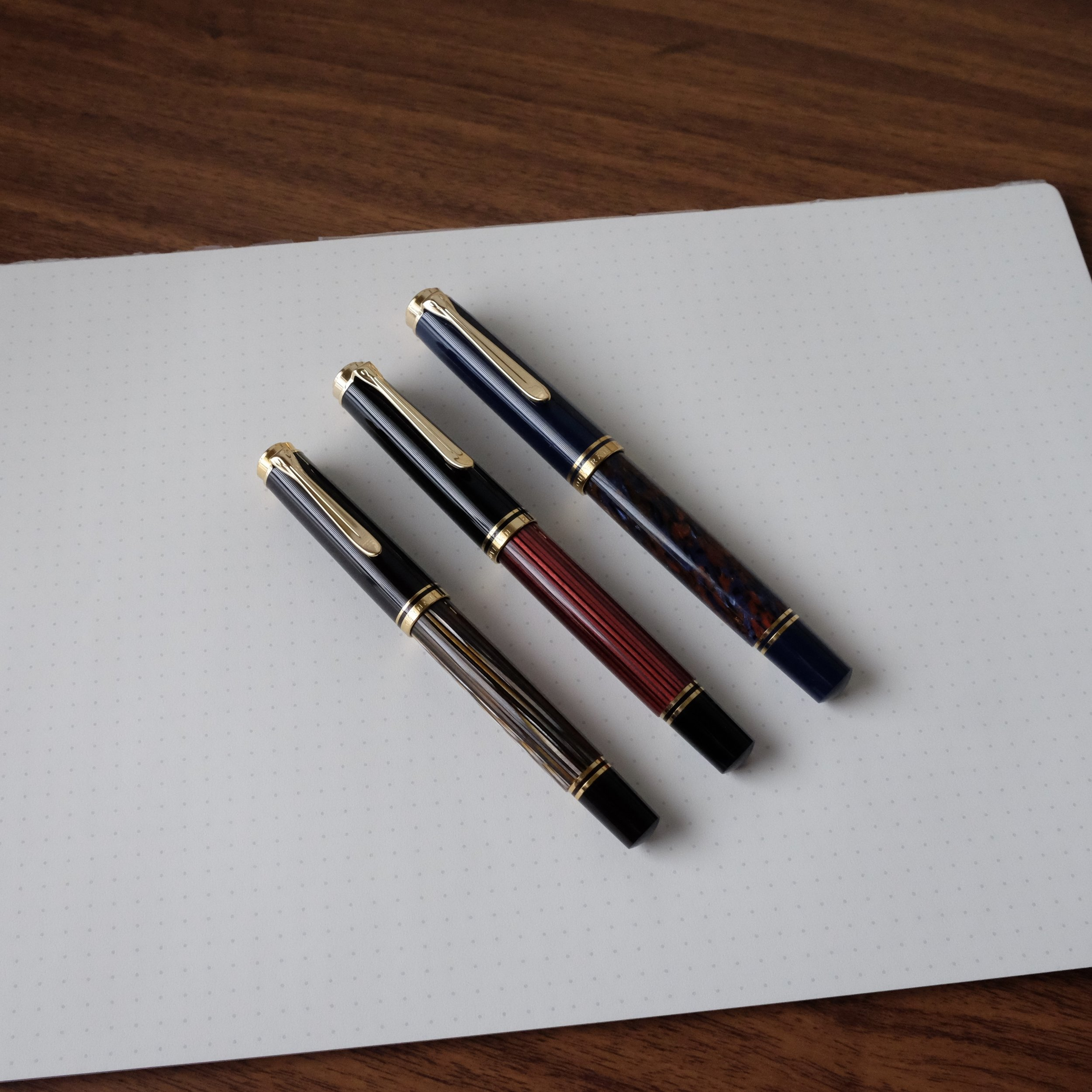 The Pelikan Souveran M400 (left) compared to the M600 (center) and the M800 (right)