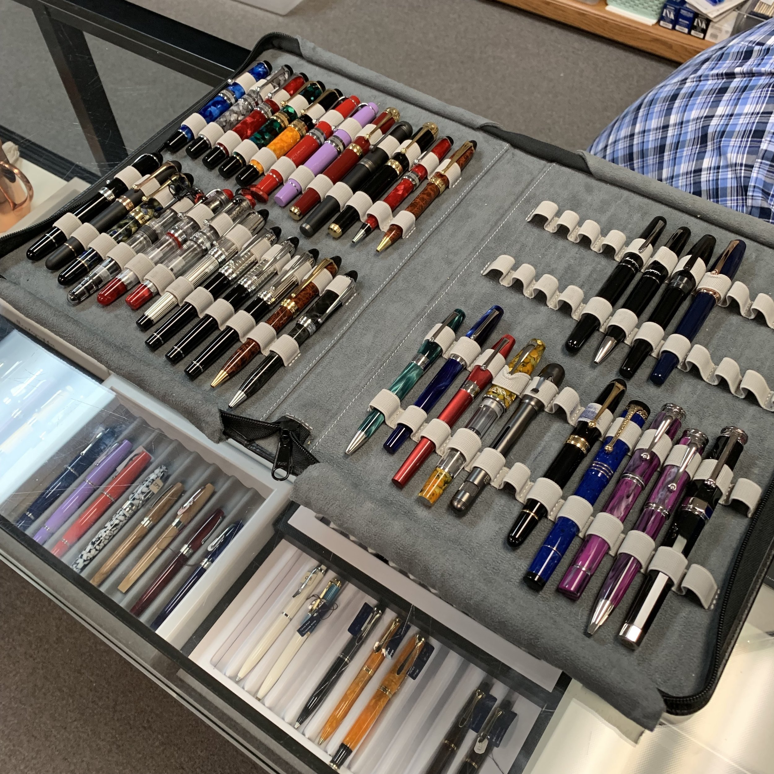 Cary Yeager of Kenro brought a wide variety of Montegrappa and Aurora to the Vanness open house, in addition to the selection Lisa and Mike already had in the store.