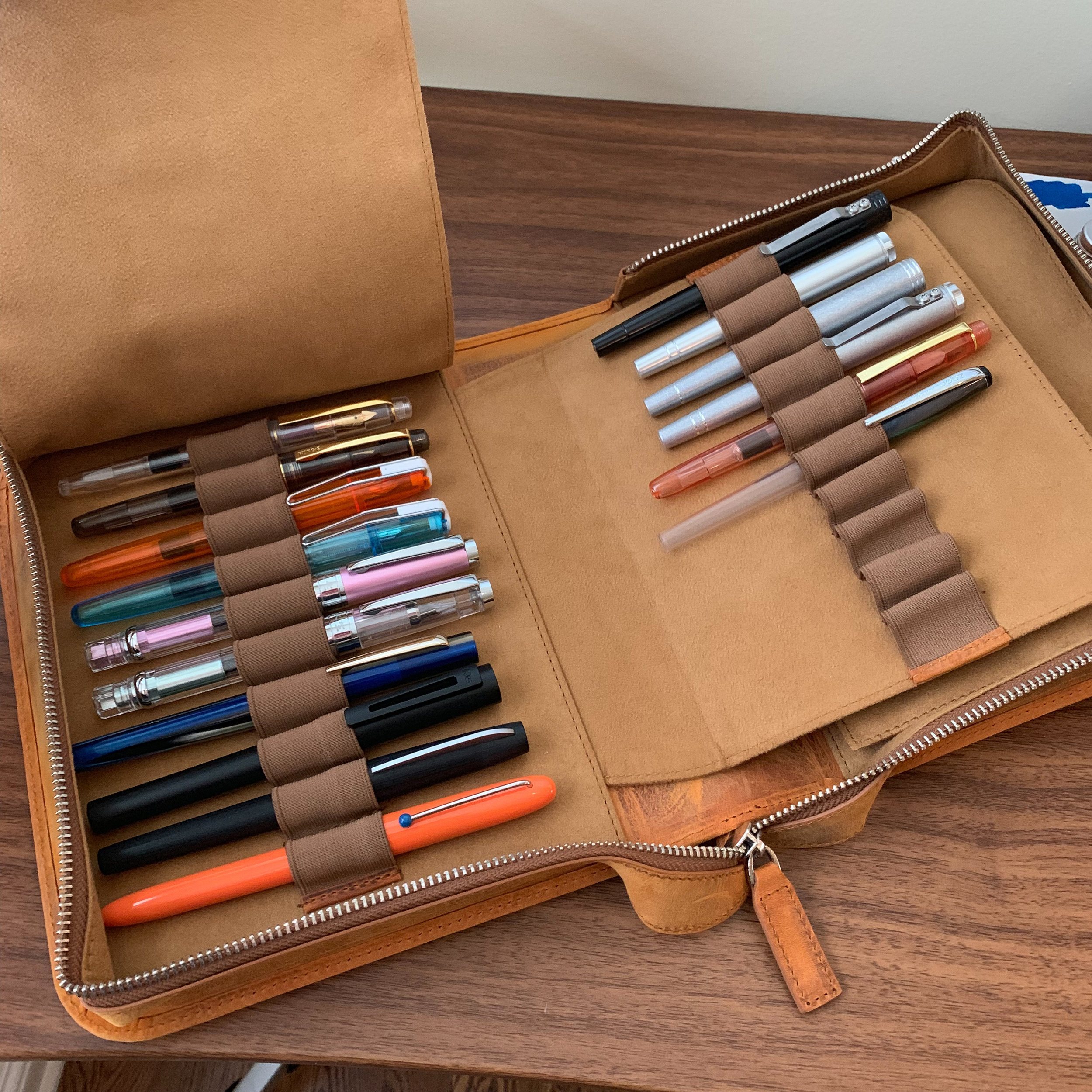 Don't miss my recent post looking at several different pen storage options, such as this 40-pen zippered case from Galen Leather!