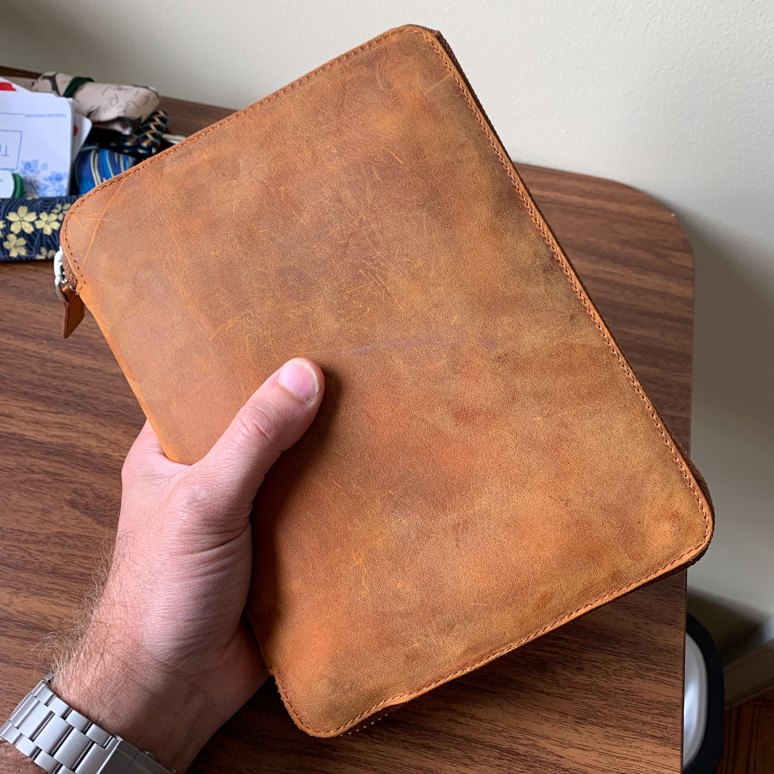 Galen Leather A5 Zipfolio, loaded up and ready to go!