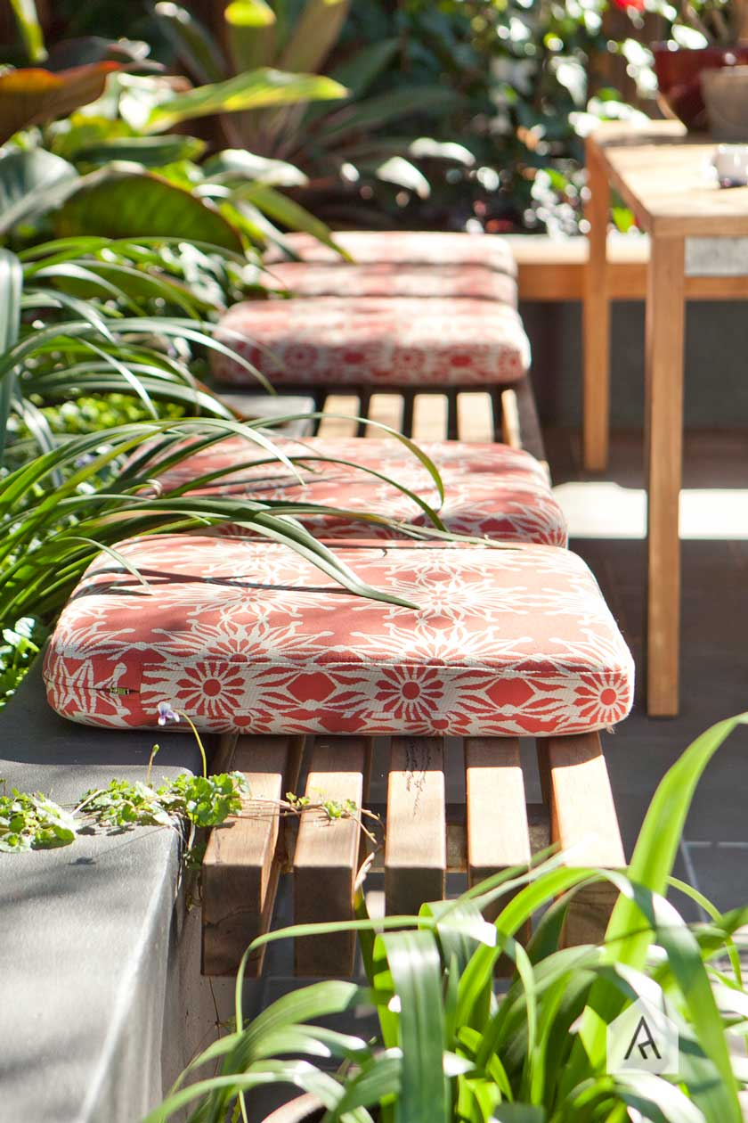 © Adam Robinson Design Sydney Outdoor & Landscape Designer Styling Gardens Outdoor Style 02 Style Tip Cantilevers Design Practical Newtown project 02.jpg
