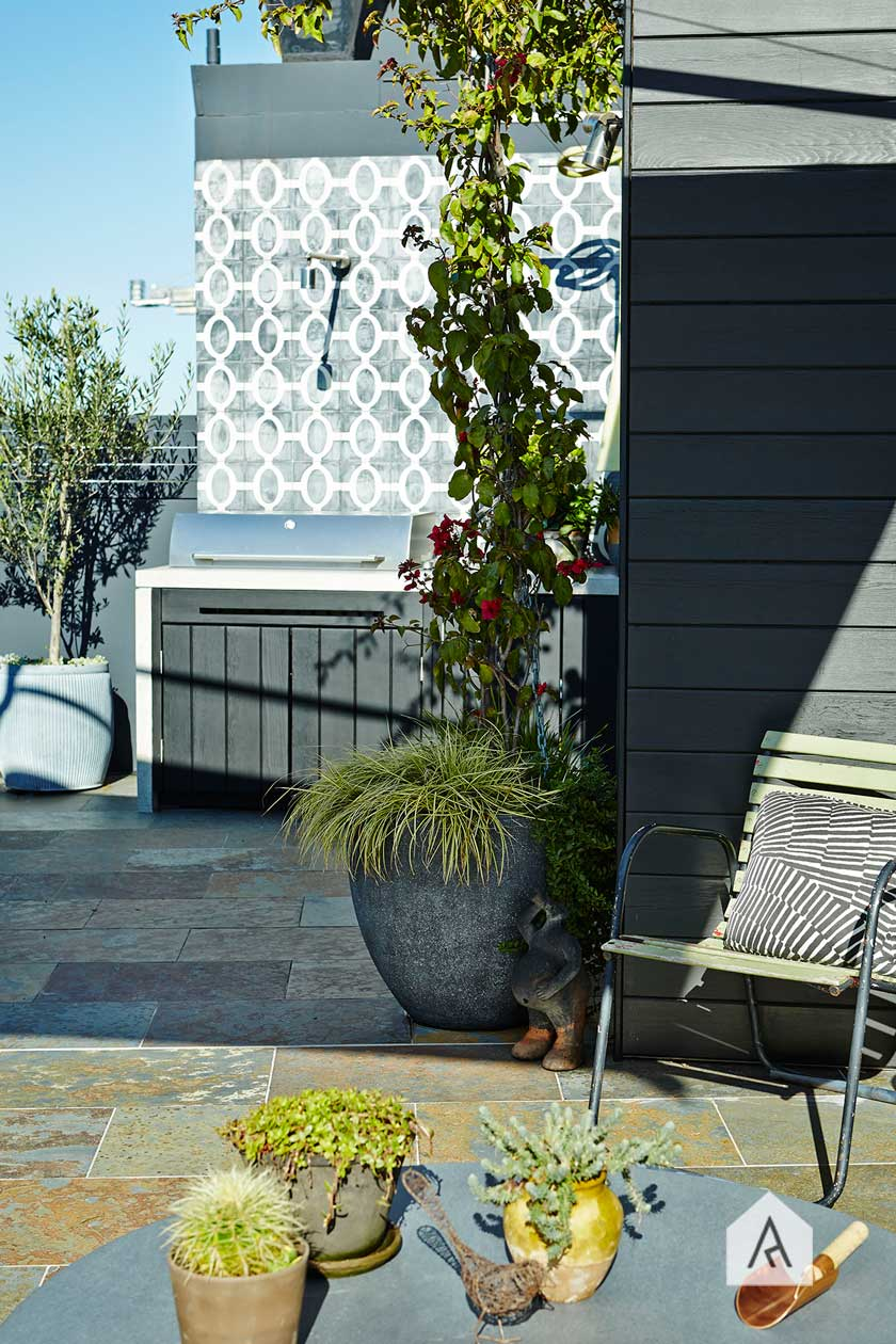 © Adam Robinson Design Sydney Outdoor & Landscape Designer Styling Gardens Outdoor Style 01 2016 AILDM National Industry Awards Balcony Rooftop Garden Category 03 Redfern rooftop project 01.jpg