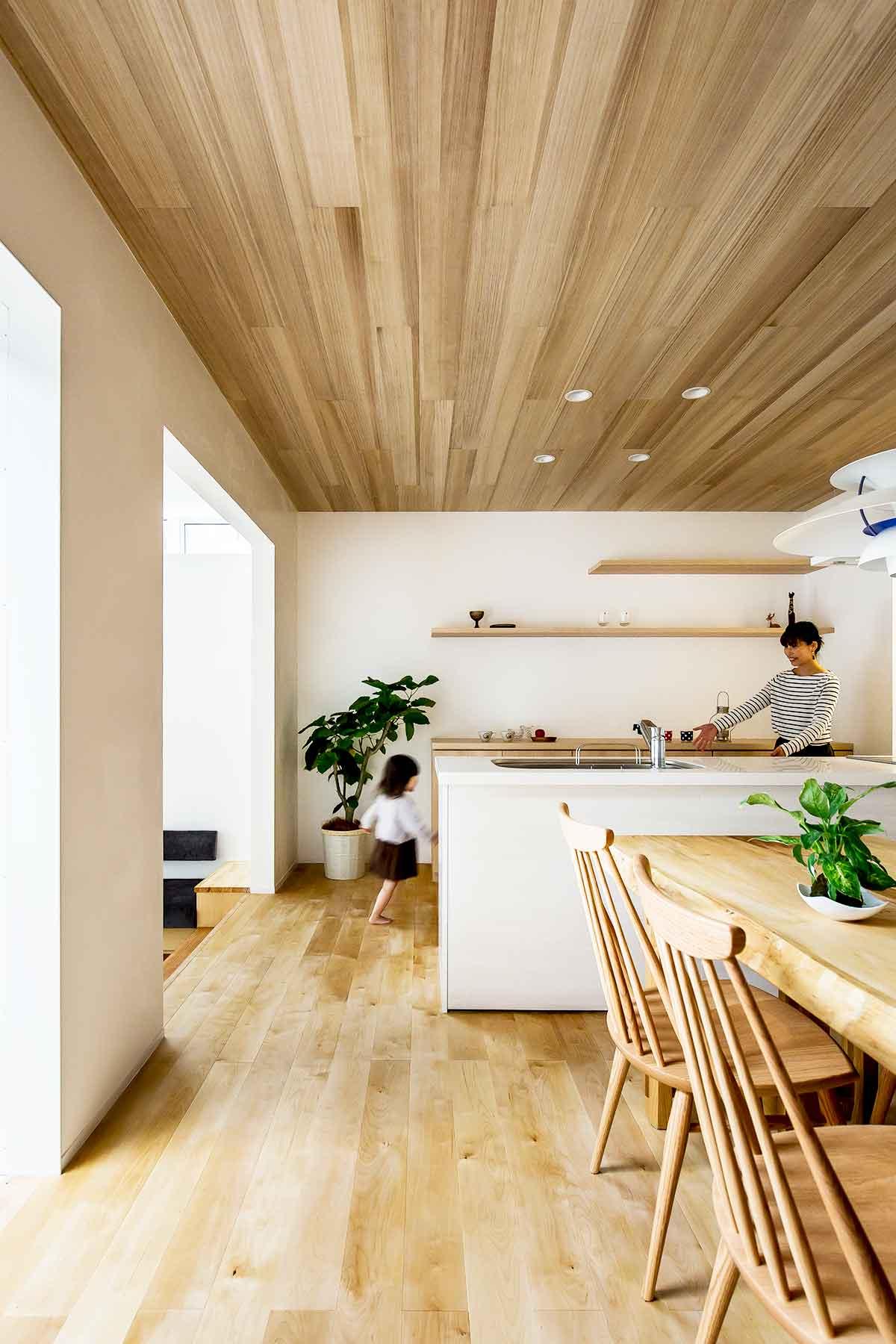 Architecture-by-Hearth-Architects,-Japan.--Photography-by-Yuta-Yamada-02.jpg