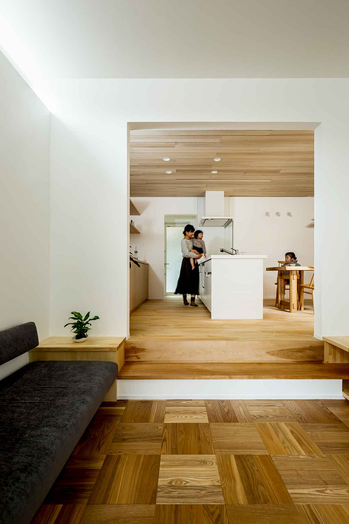Architecture-by-Hearth-Architects,-Japan.--Photography-by-Yuta-Yamada-04.jpg