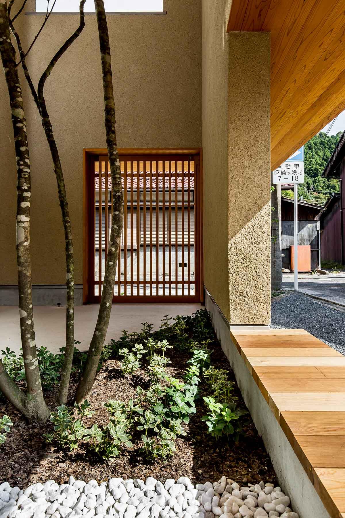 Architecture-by-Hearth-Architects,-Japan.--Photography-by-Yuta-Yamada-05.jpg