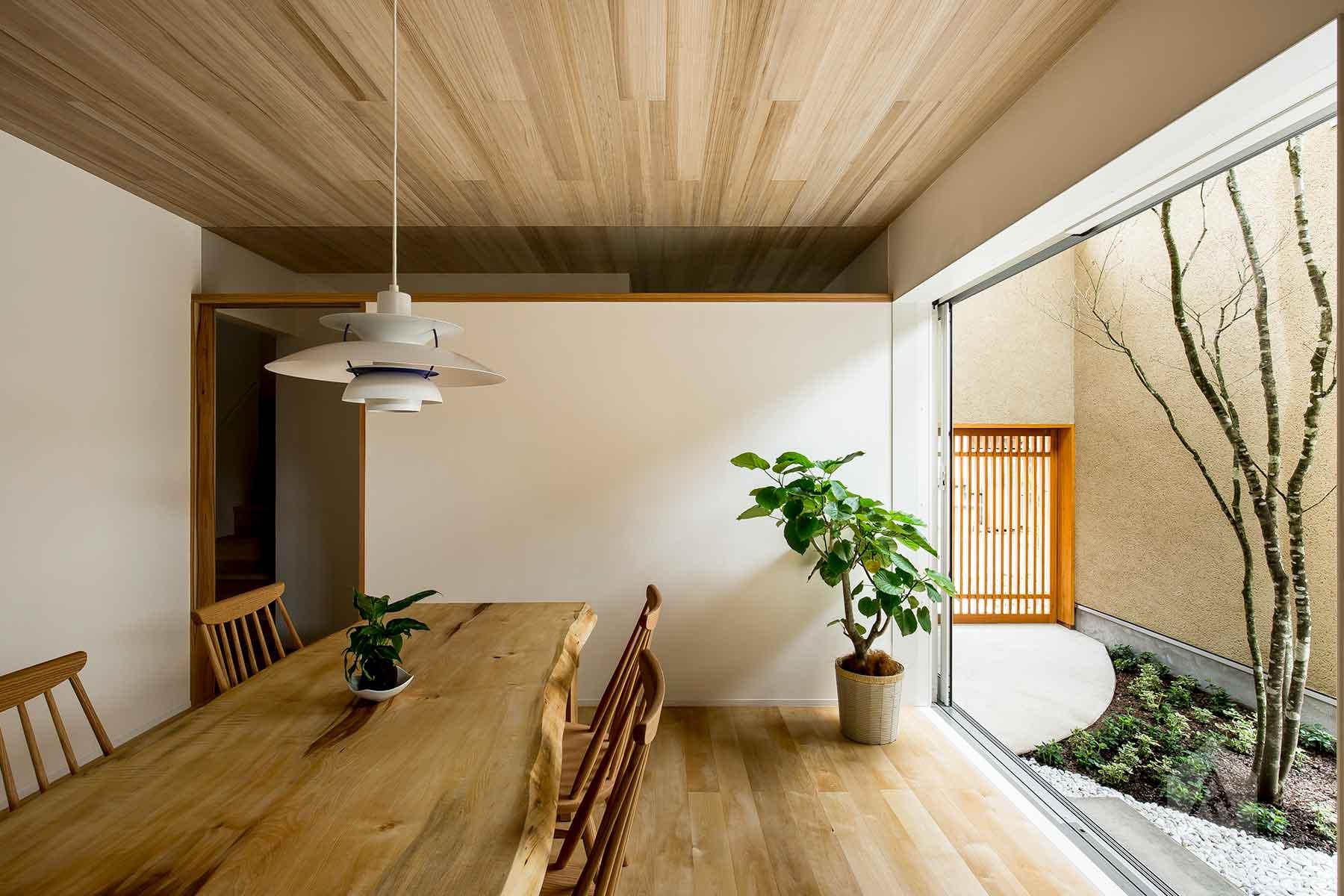 Architecture-by-Hearth-Architects,-Japan.--Photography-by-Yuta-Yamada-09.jpg