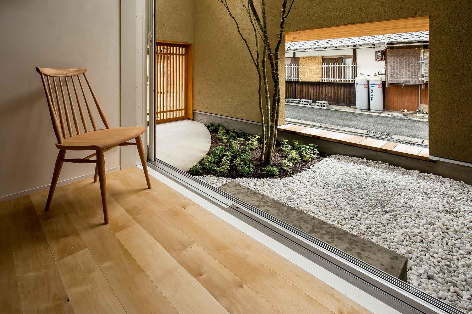 Architecture-by-Hearth-Architects,-Japan.--Photography-by-Yuta-Yamada-08.jpg