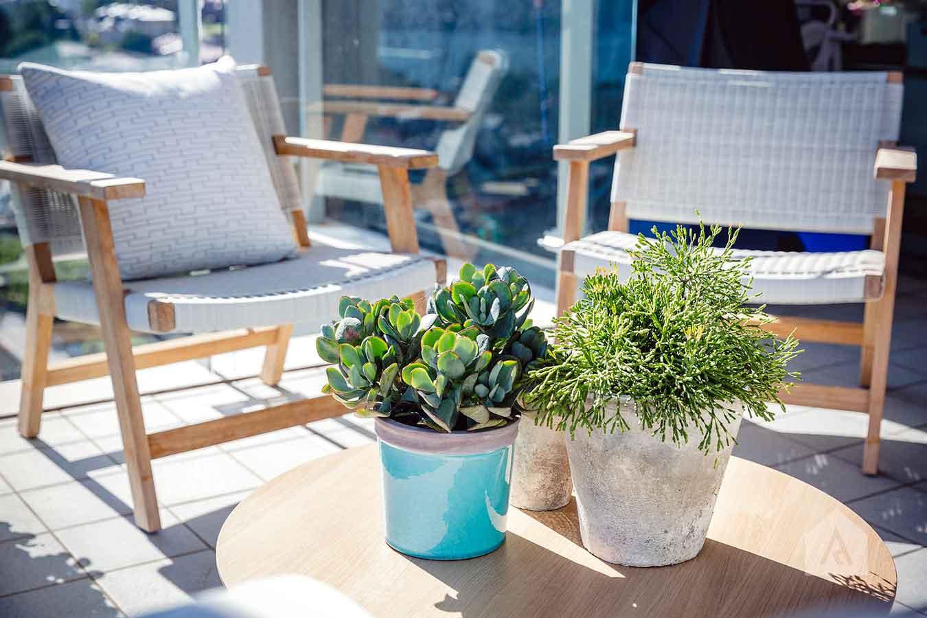©-Adam-Robinson-Design-Milson's-Point-Balcony-by-Chanelle-Ockenden-06.jpg