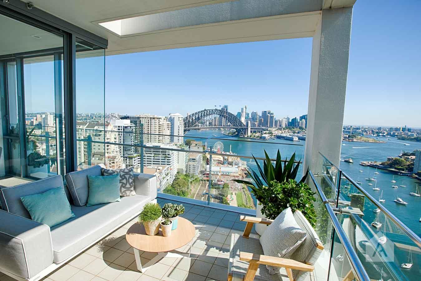 ©-Adam-Robinson-Design-Milson's-Point-Balcony-by-Chanelle-Ockenden-09.jpg