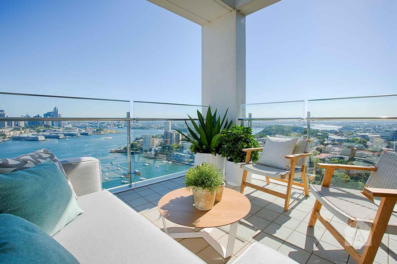 ©-Adam-Robinson-Design-Milson's-Point-Balcony-by-Chanelle-Ockenden-08.jpg