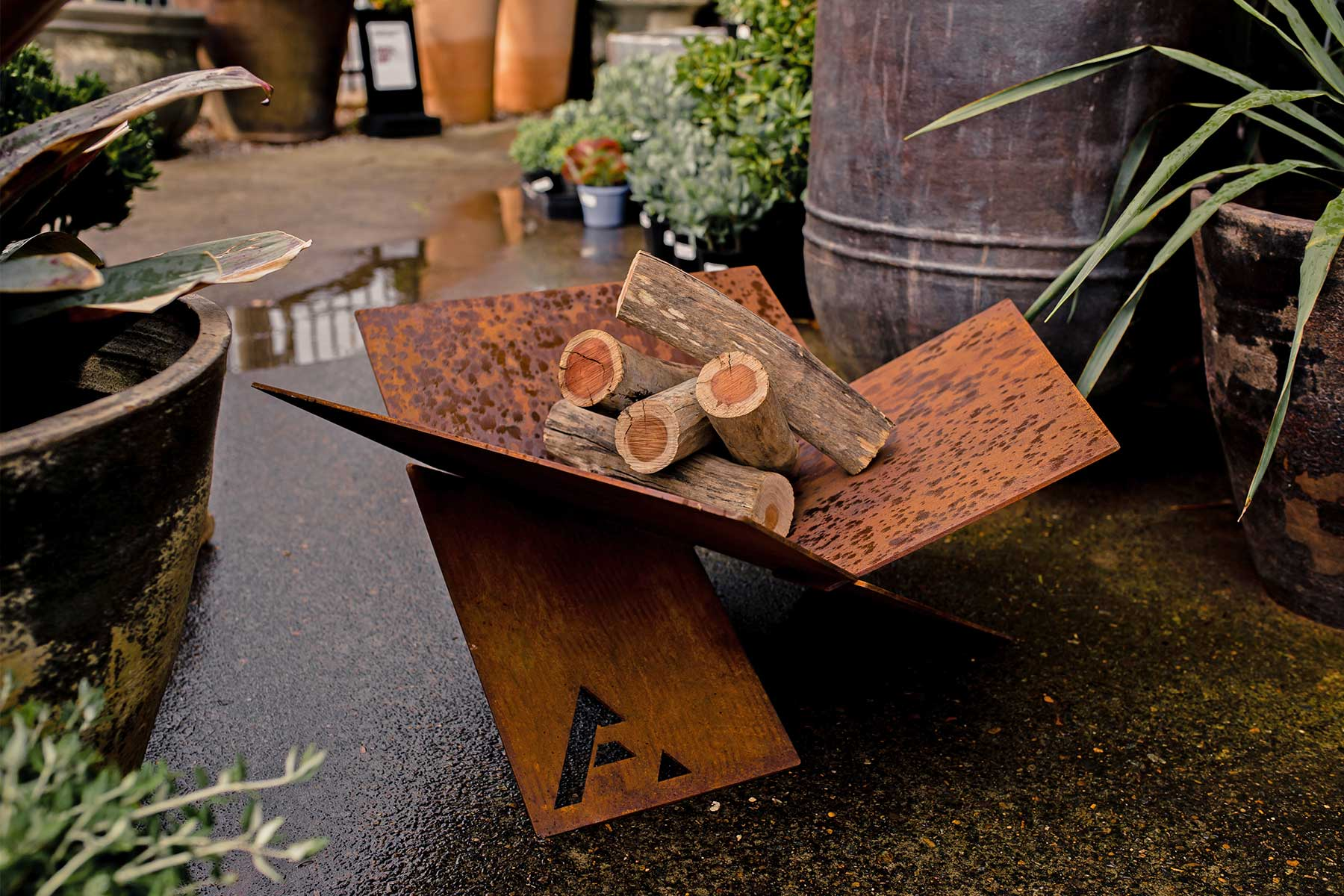 ©-Adam-Robinson-Design-Outdoor-Designer-Store-04.jpg