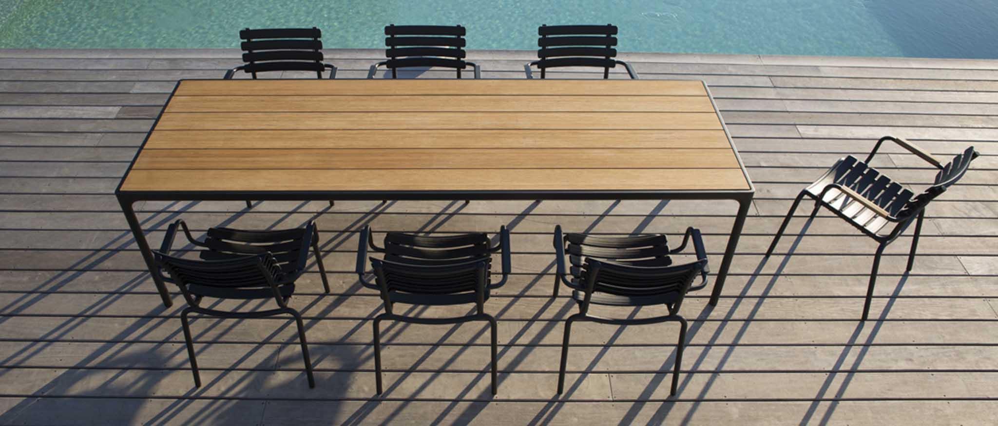 HOUE Four table