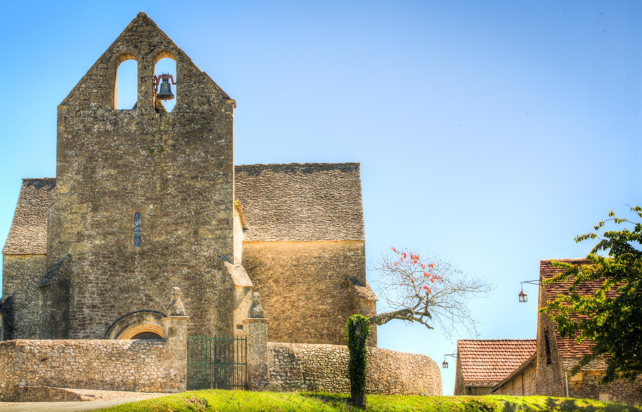 Iglesiacon campanaII.jpg