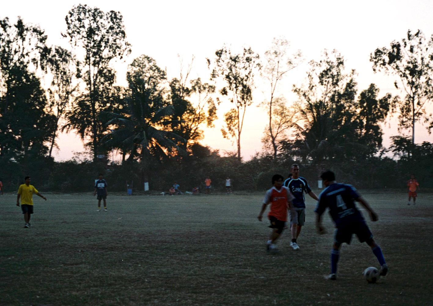 2007_1_PhnomhPenhUtd5.jpg
