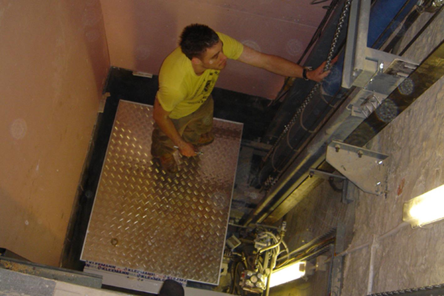2005_Lift6.jpg