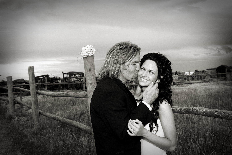winnipeg wedding photographers-028.jpg