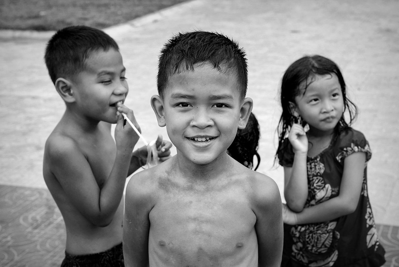 cambodia-01bw.jpg
