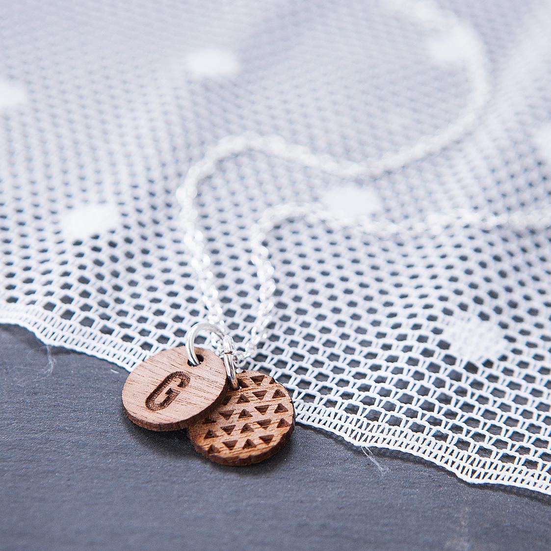 Necklace_G.jpg