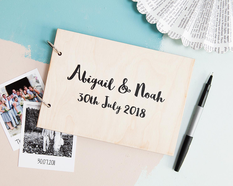 A5Album_Abigail&Noah06_WEB.jpg