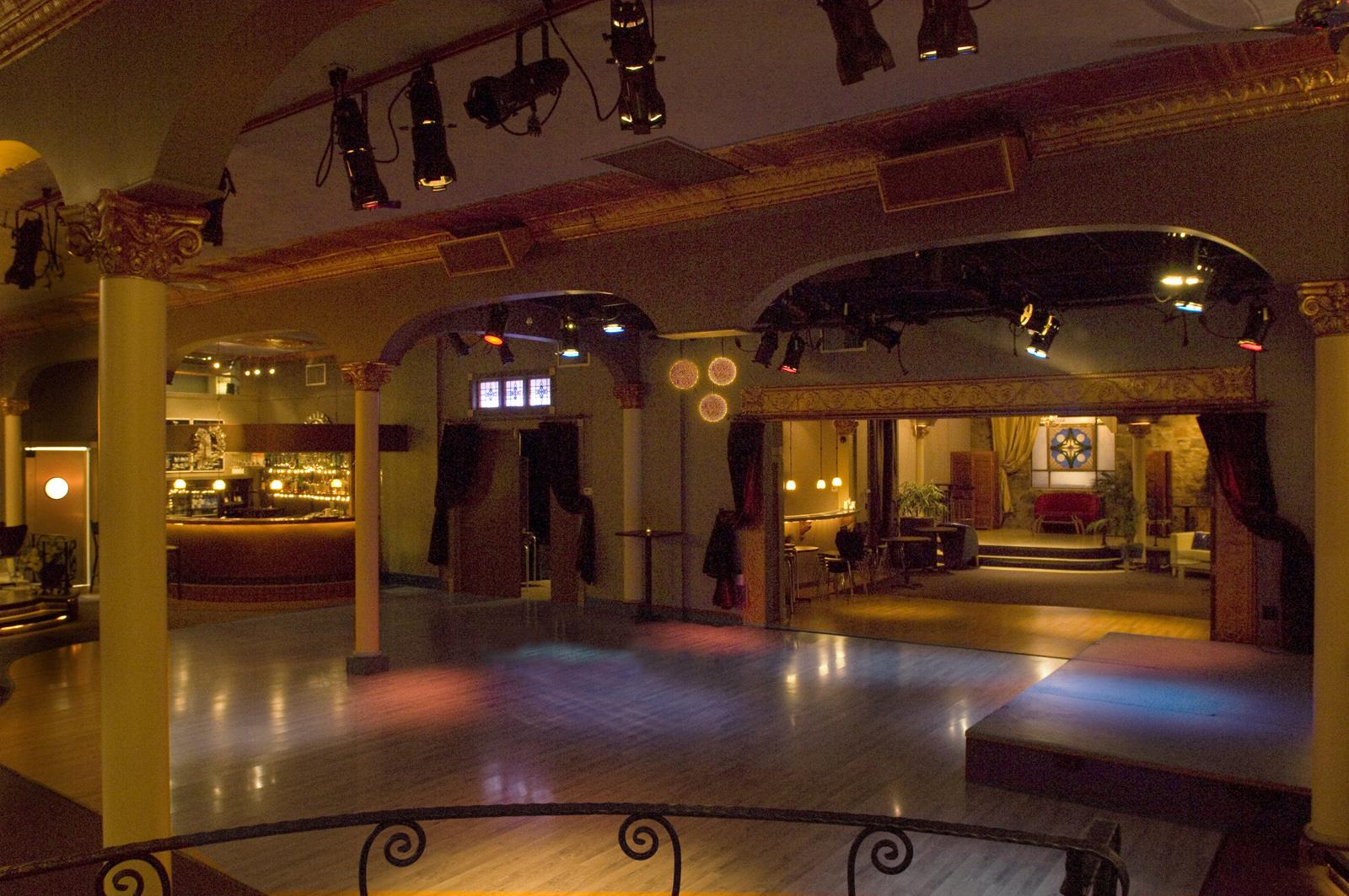 Dance floor 140.jpg