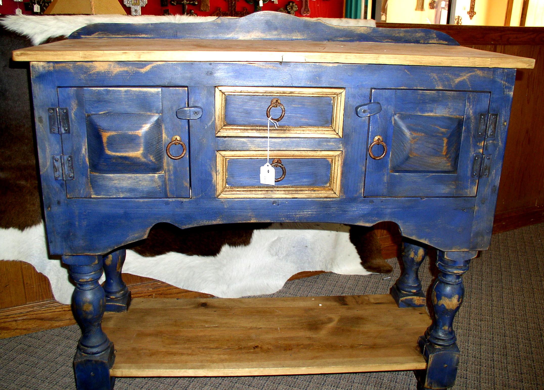 turnleg chihuahua buffet-blue.JPG