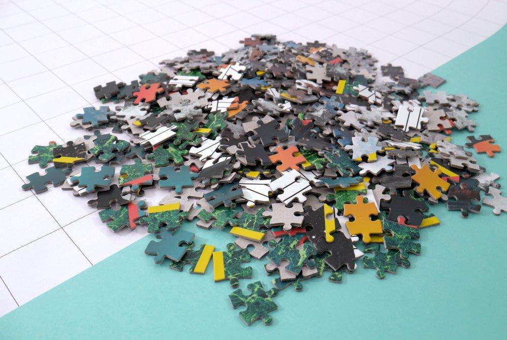 jigsaw-puzzle-pile.jpg