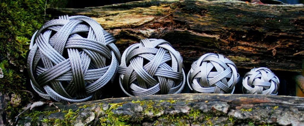 Stainless Steel Woven Balls