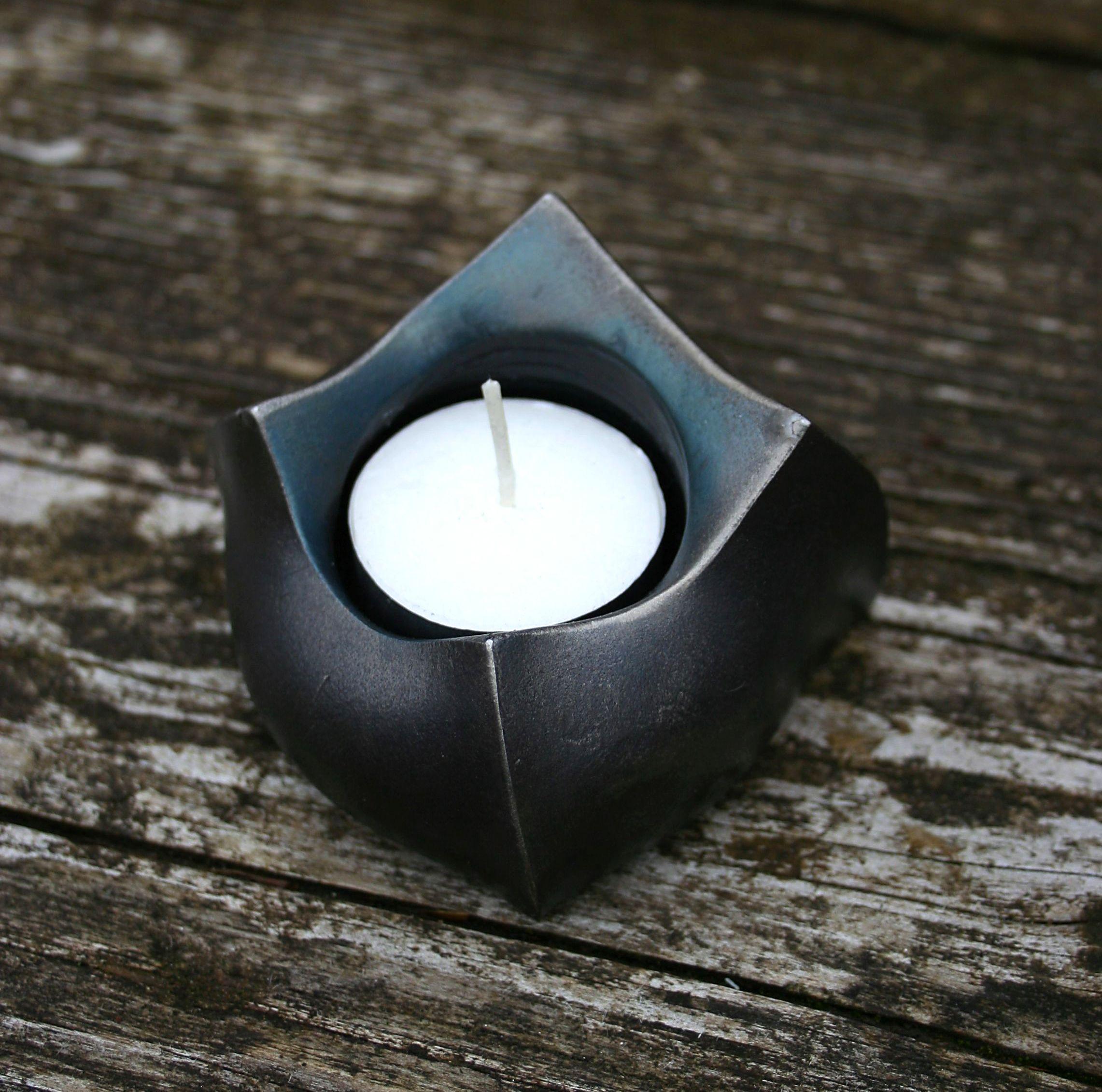 Chris Yeomans - tea light holder
