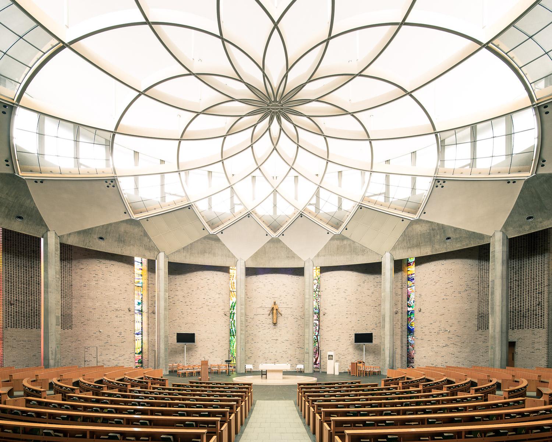 Saint Ignatius, Tokyo, Japan (Sakakura Associates, 1999)