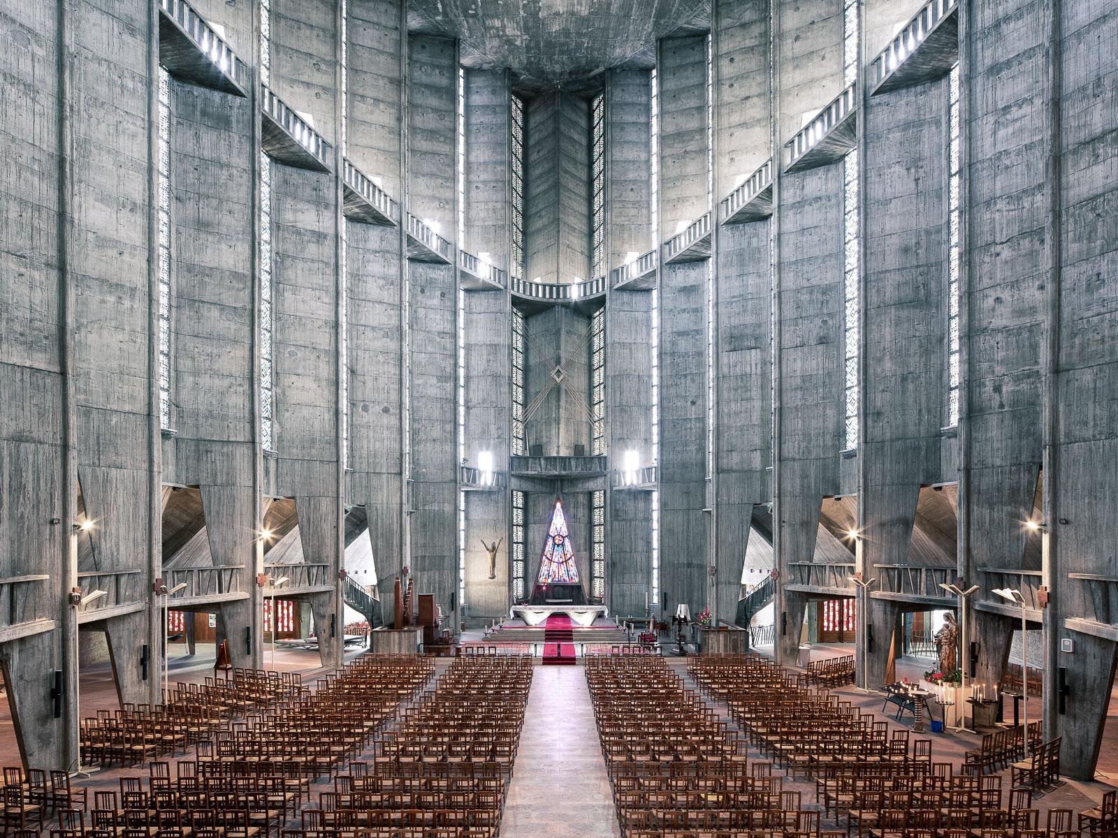 Notre Dame du Royan, Royan, France (Guillaume Gillet, 1958)